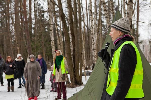 Luonto-Liiton metsävastaava Lauri Kajander avasi tapahtuman.
