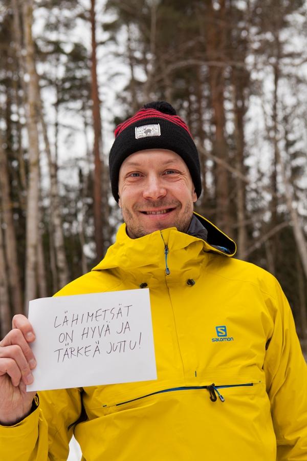 """Paikalla oli yksi kampanjan suojelijoista Mikko """"Peltsi"""" Peltola."""
